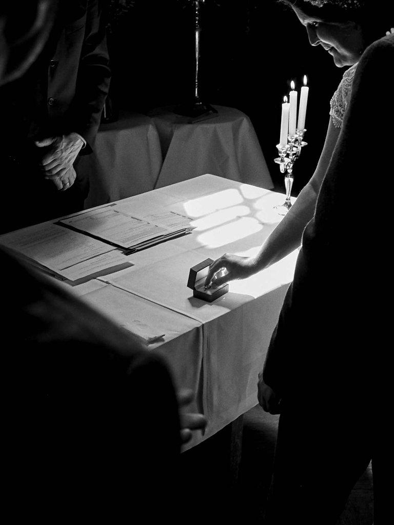 Hochzeitsfotograf-Minden-074.jpg